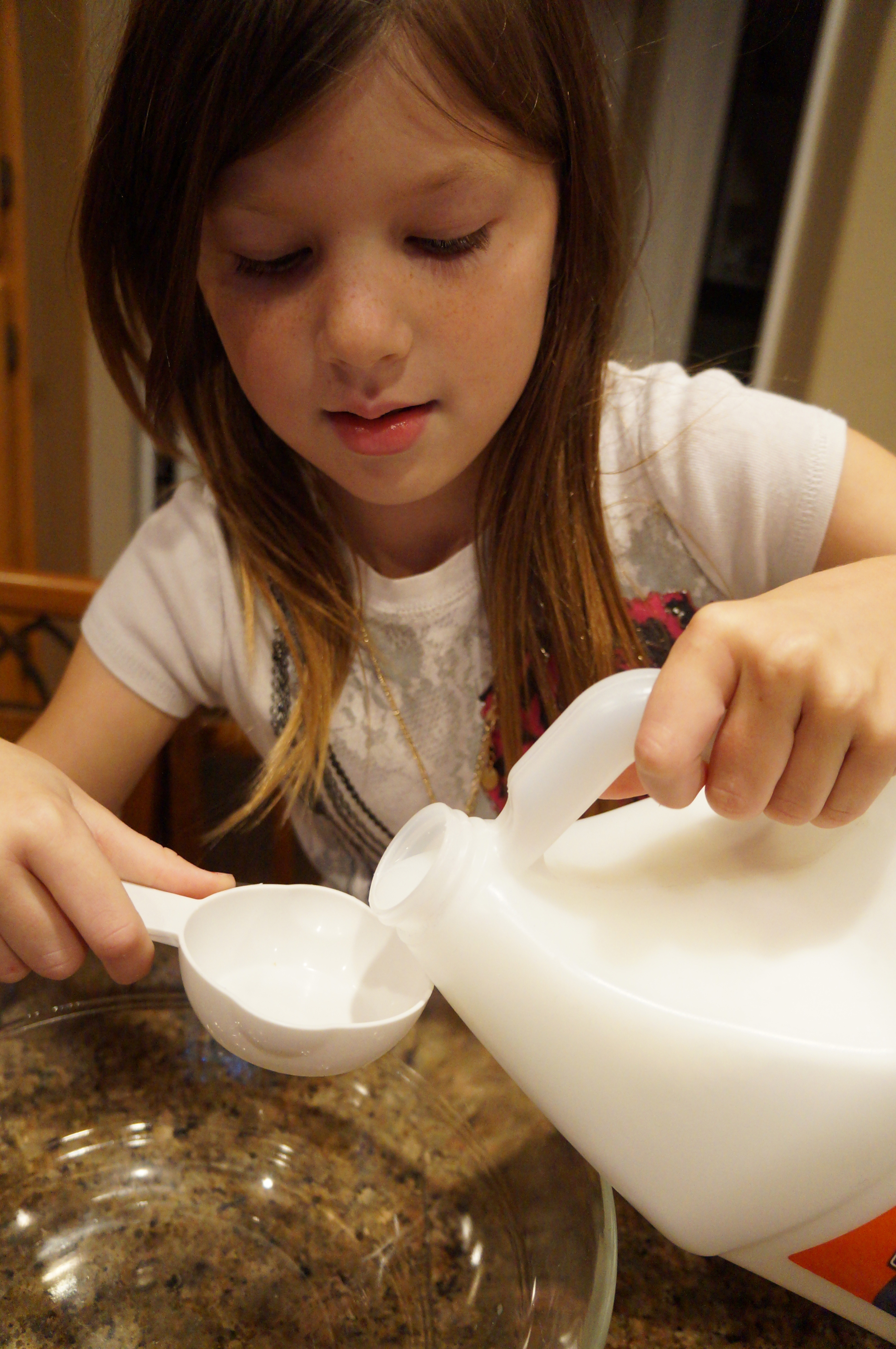 how to make silly putty without borax and liquid starch