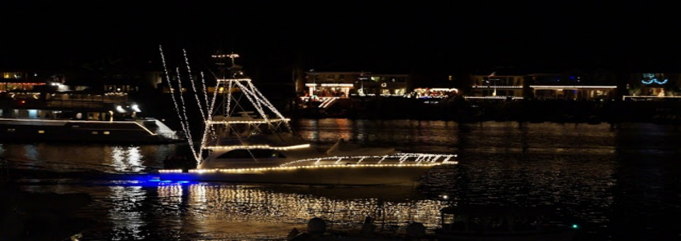 """2014 Newport Beach Christmas Boat Parade """"Deck the Hulls with Bows of Jolly"""""""